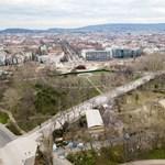 Elkerített építkezések, leharcolt parkok - így néz ki a Városliget drónfelvételeken
