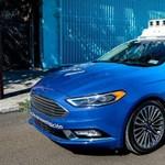 A Ford a visszapillantóra bízná, hogy előre is nézzen az önvezető rendszer