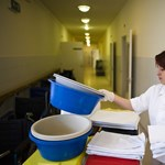 A kórházaktól szabadulna, az ingatlanokat megtartaná a főváros