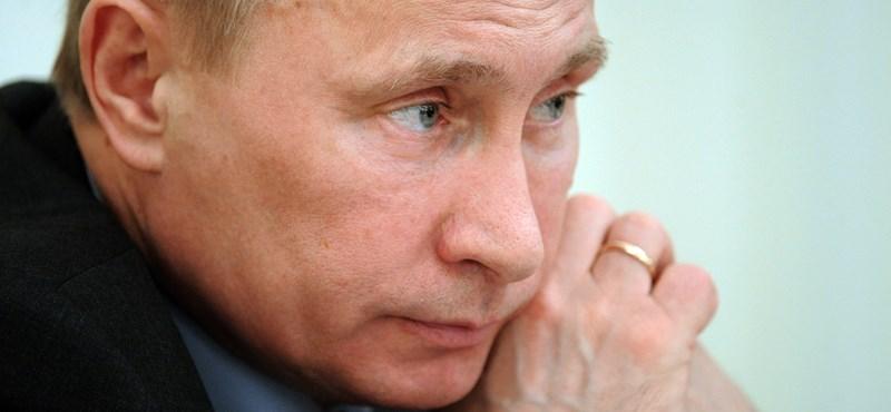 Putyin Obamát fényezte