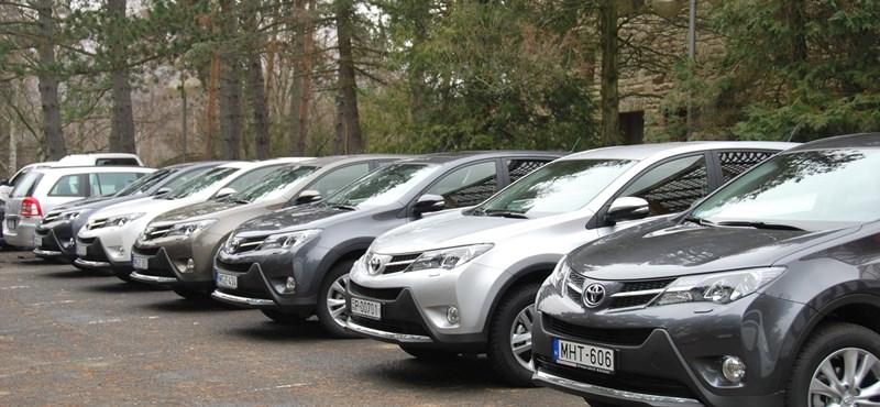 Nőnek a Toyota eladásai