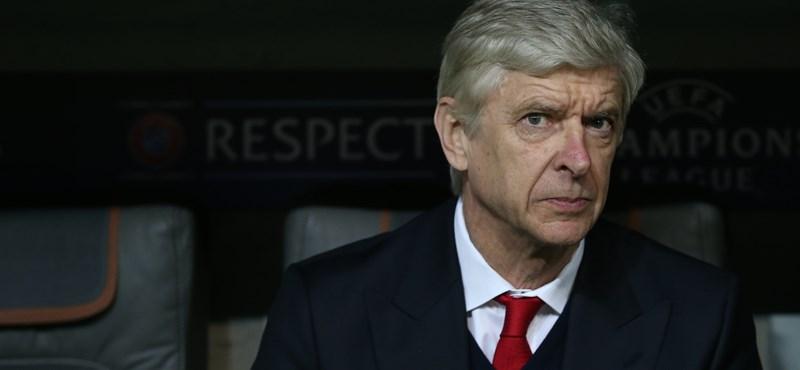 Nem biztos a Premier League legendás edzőjének sorsa