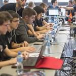 Egy ország sincs az EU-ban, ahol kevesebb nő megy informatikusnak, mint itt