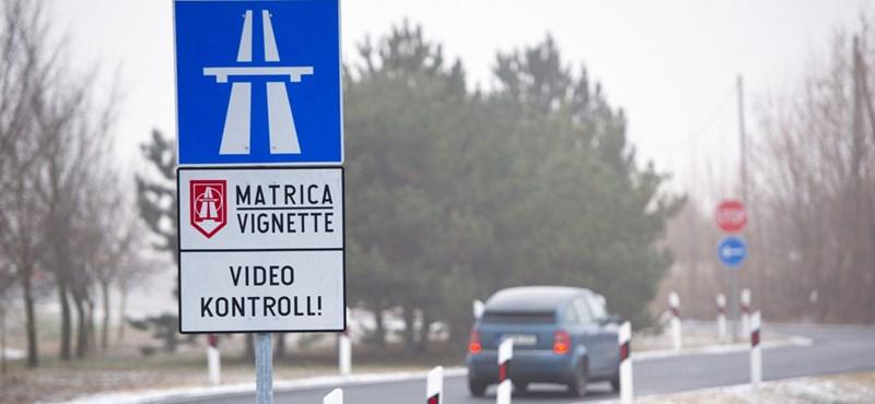 Mától kaphatók a megdrágult jövő évi autópálya-matricák