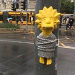 Új miniszobra van Budapestnek: egy Simpson-figura