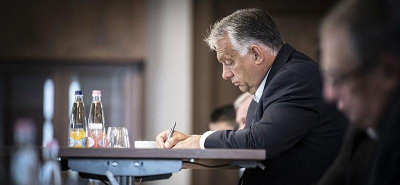 Orbán: A koronavírus sem akadályozza meg a 13. havi nyugdíj visszaépítését