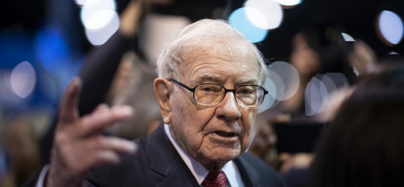 Jótékonyság miatt kiesett a leggazdagabbak közül Warren Buffett