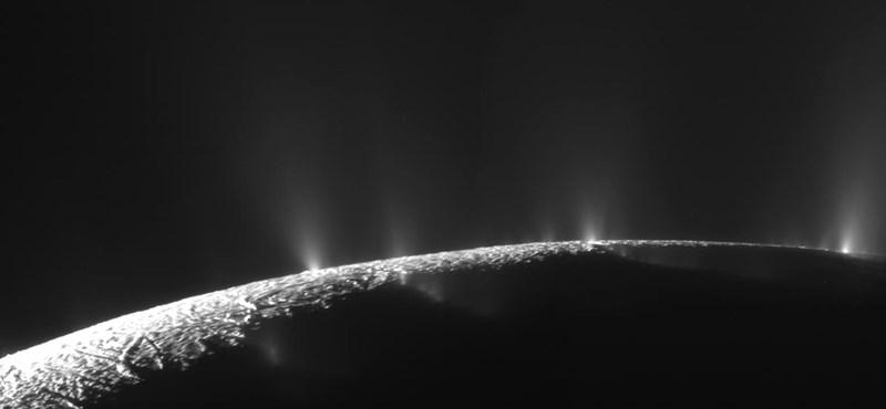 Életre alkalmas lehet a Szaturnusz egyik holdja
