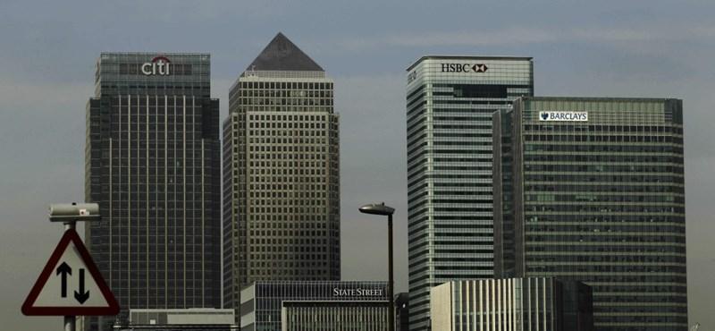 Megvált magyar ügyfeleitől a brit nagybank