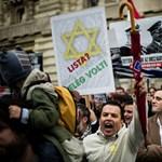 """""""Aki Adolf Hitler oldalán állt"""" - a Zsidó Világkongresszus is tiltakozik a Horthy-szobor miatt"""