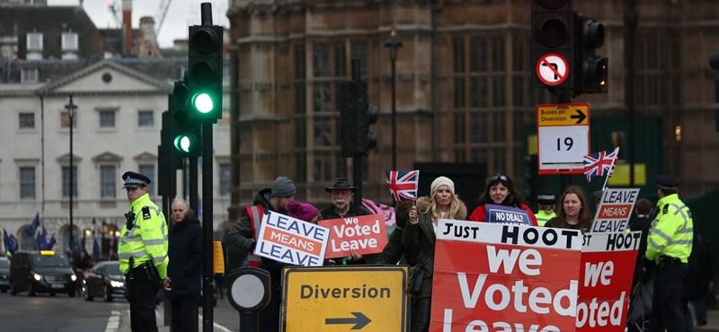 Brexit: A brit kormány szerint is valós veszély az élelmiszerhiány kialakulása