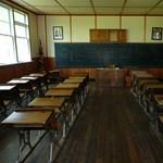 Több mint 80 embert raboltak el egy kameruni bentlakásos iskolából