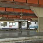 Turistákra locsoltak savat Marseille-ben
