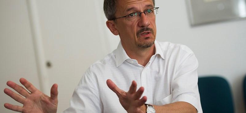 Rainer M. János Nagy Imrével együtt ciki a közrádiónak?