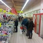 Karácsonyi vásárlói roham - percről percre