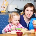 Sikeresebbek a házias apák lányai?