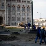 Belváros: nem volt jogellenes a Károlyi-szobor elbontása