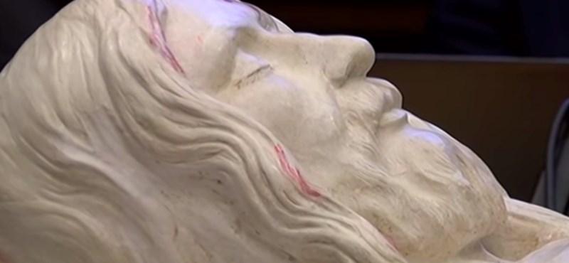 Olasz mérnökök megformázták Jézus pontos alakját a torinói lepel alapján