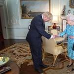 Jóváhagyta a királynő a brit parlament felfüggesztését