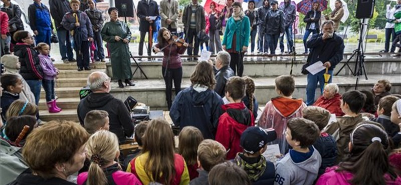 Flashmobbal emlékeztek Bartók Béla halálának 70. évfordulójára