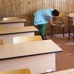 Fejenként 100 ezer forint támogatást kér az otthonról tanító pedagógusoknak a PSZ