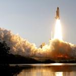 A legendás űrsikló utolsó útja - Nagyítás-fotógaléria