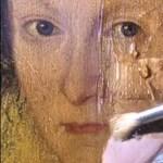 Mi történik, ha egy több száz éves festményről lemossuk a koszt? (videó)