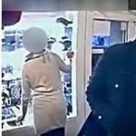 Ez a férfi rabolta ki a Bocskai úti ékszerboltot - videó