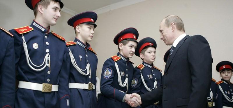 Putyin bérelhető álkozák verőemberei is őrzik majd a focivébét