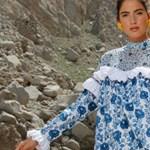 Hungary Collection: arab tervező csinált üzletet a kalocsai mintával - fotók