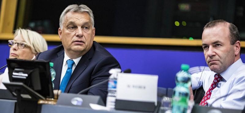Az egész Fidesz-frakciót kizárná az Európai Néppárt