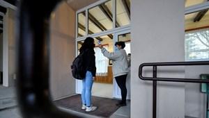 Maruzsa Zoltán: ötvenkilenc iskolában segít honvédség a fertőtlenítésben