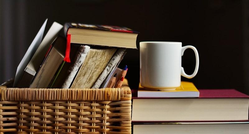 Kezdődnek a ZH-k: így szerezhetitek be a kötelező olvasmányokat
