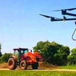 Hogy mit keres egy drón a búzamező fölött? Tulajdonképpen pénzt