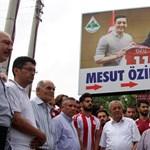 Török gyerek megjárta: berobbant a bevándorló-metoo