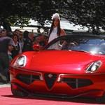 Fotók: bemutatták az Alfa Romeo csodás disco autóját
