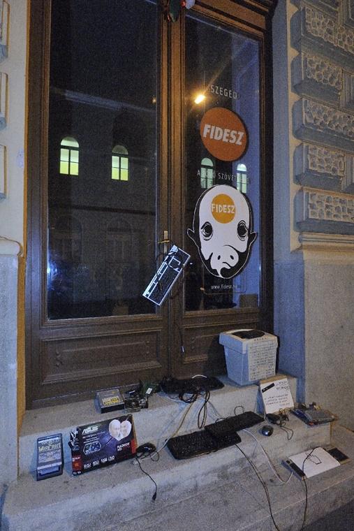 mti.14.10.28. - Szeged: második tüntetés az internetadó ellen