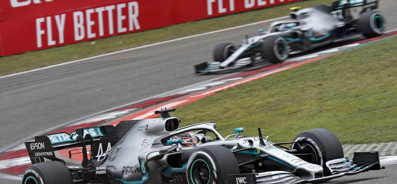Kettős Mercedes-siker a Spanyol Nagydíjon