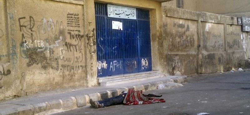 Polgárháború Szíriában: sarokba szoríthatják a felkelőket