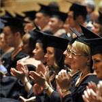 Gyors karrier és magas fizetés? Mennyit ér a külföldi diploma?