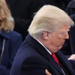 Barack Obama elegánsan kitessékeli Donald Trumpot a Fehér Házból