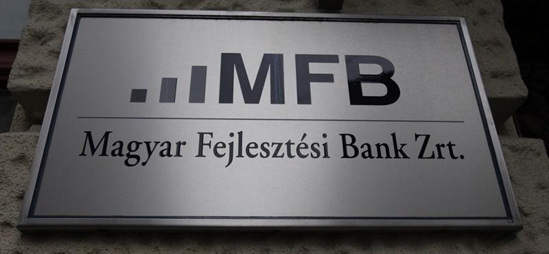 Mindenki sáros? Versenyszabályokat megsértő céggel akar dolgoztatni az MFB