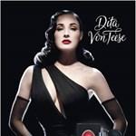 A sztriptízkirálynő illata - Dita von Teese parfümje