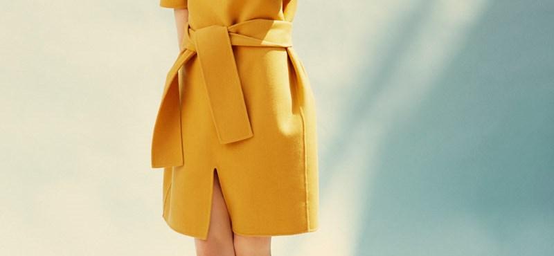 Akarjuk: mustáros kabátruha