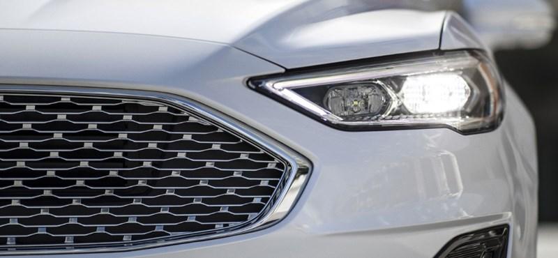 Megújul a Ford Mondeo, mutatjuk, hogyan változik a szebb és okosabb típus