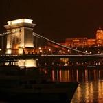 Repüljön Budapestről Párizsba egy Airbus A380-assal! - lélegzetelállító képek