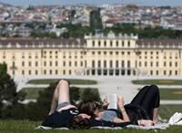 Ausztriában havi 1000 eurót kaphatnak a szabadúszó művészek