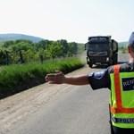 Öntudatos állampolgár, vagy a rendőrt munkájában akadályozó mitugrász?