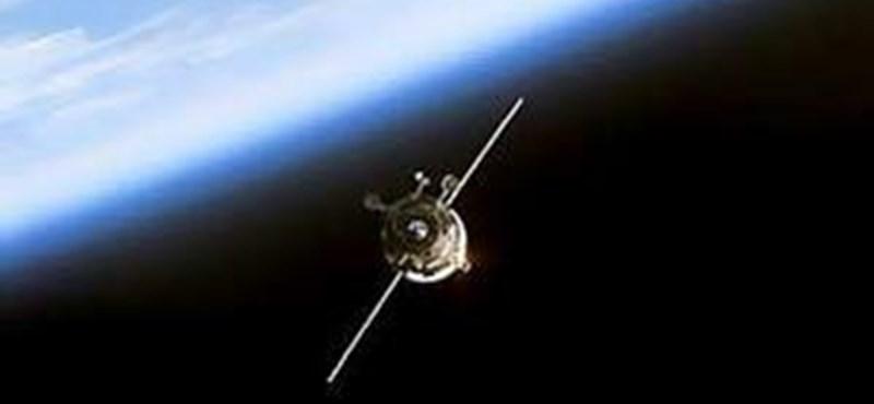 Eközben az űrben: csatlakozott a Progressz a Nemzetközi Űrállomáshoz