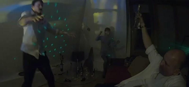 Bödőcs szilveszteri videójában Áder durván benyom Ibizán